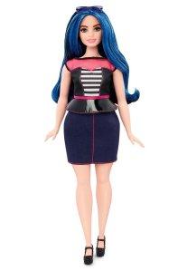 Curvy-Barbie