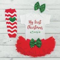 Τα πρώτα του Χριστούγεννα πρέπει να έχουν στυλ!