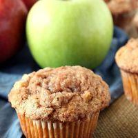 Muffins  με ολόκληρα κομμάτια μήλου