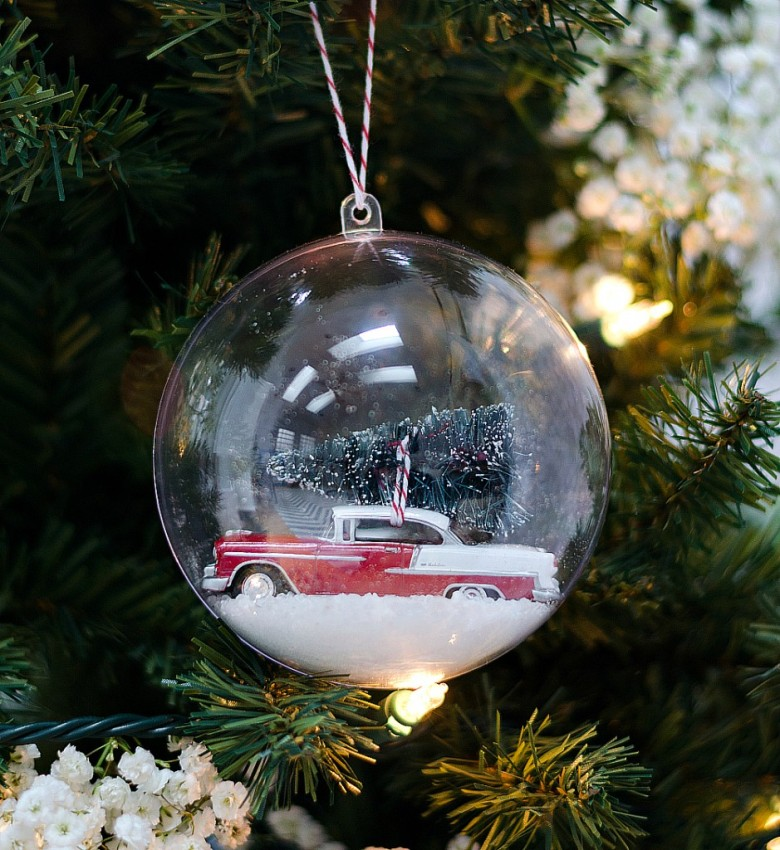 snow-globe-ornament-car-with-bottle-brush-tree-2-3-4-939x1024